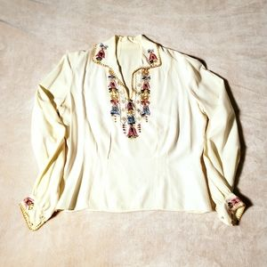 Vintage Floral Embroidered Collared Blouse